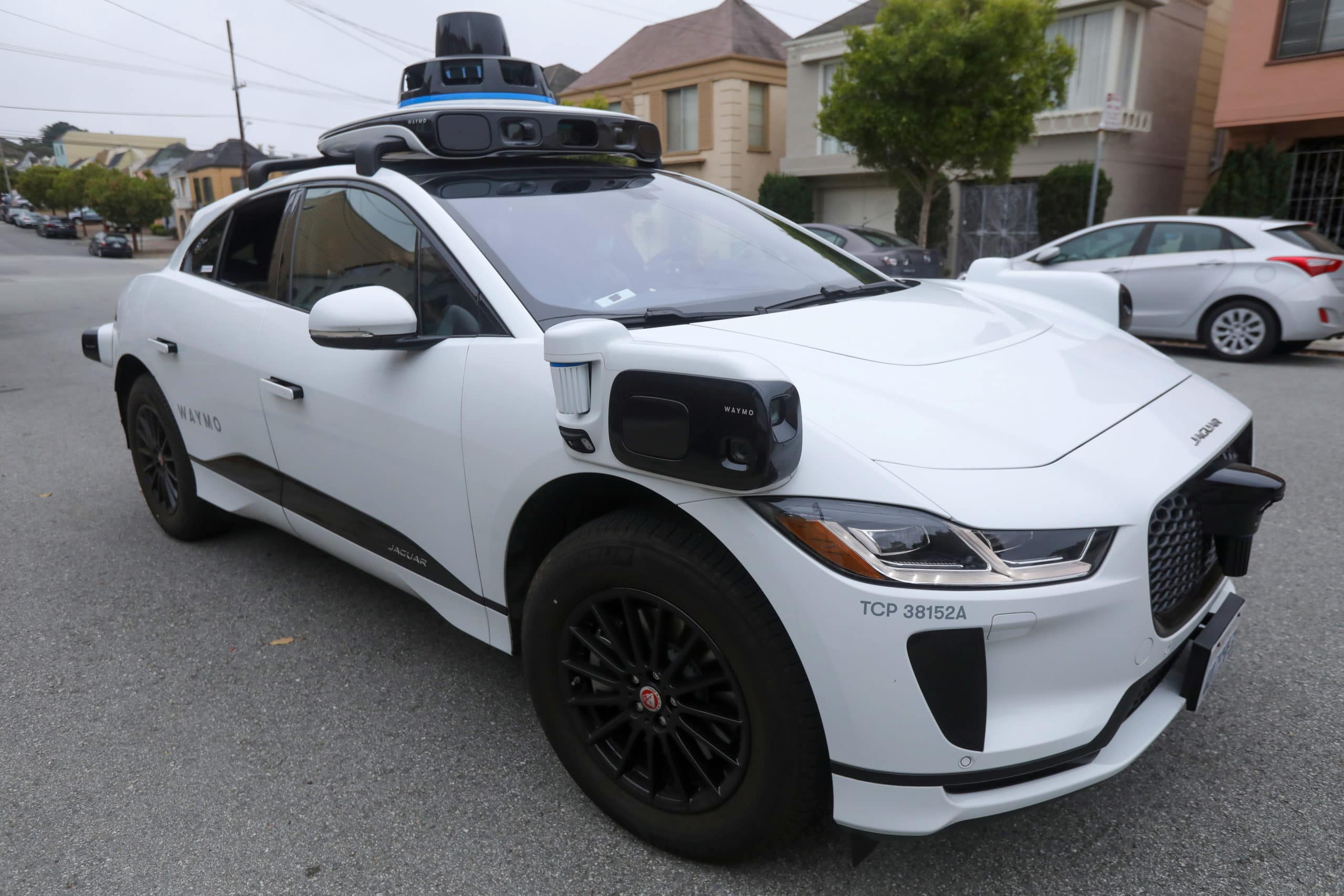Waymo will stop selling its self-driving LiDAR sensors to other companies